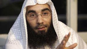 """داعية بريطاني يقر بتواصله مع """"أبو عمران"""" البلجيكي.. ويقول: كان يقوم بواجبه الإسلامي"""