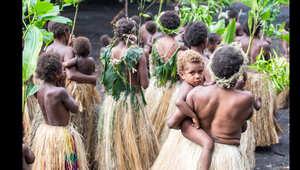 بالصور..جزيرة تانا في فانواتو حيث المال ليس مهماً