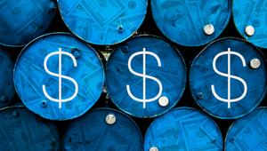 إيران تَعد بإغراق أسواق النفط بمليون برميل في اليوم.. والسعودية تستعد للضغط على نظيرتها
