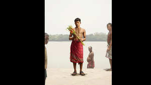 بالصور..رجال من الورود في الهند