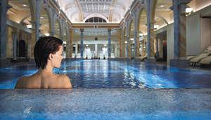 أفضل 10 منتجعات صحية في الفنادق من حول العالم