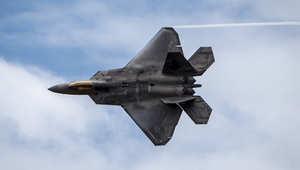 أمريكا ترد على روسيا بإرسال أقوى طائراتها إلى أوروبا.. والخطوة مجرد بداية