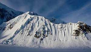 كيف تتسلق أعلى قمة جبلية في أمريكا الشمالية؟