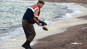 """الطفل """"آلان"""" يحمل آلام اللاجئين السوريين.. فماذا يعني اسمه؟"""