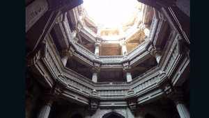 لماذا بنى قدماء الهند هذه المباني الضخمة تحت سطح الأرض؟