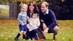 """العائلة الملكية """"الظريفة"""" ببريطانيا تظهر بصورة معايدة جديدة"""