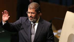 مصدر قضائي مصري: مرسي قد يواجه  الإعدام شنقا بقضية التخابر مع قطر.. النيابة: 1.5 مليون دولار عرضت مقابل الوثائق