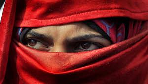 مصر: معاناة النساء مستمرة في ظل ختان الاناث والتحرش الجنسي والتهميش السياسي