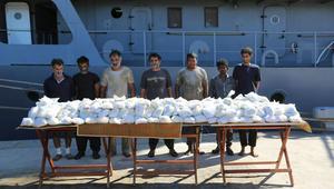 الجيش المصري يعلن ضبط مركب إيراني وإحباط محاولة تهريب مخدرات