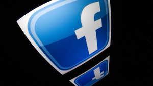 """""""فيسبوك"""" يستحوذ على """"واتساب"""" مقابل 19 مليار دولار"""