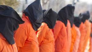 """استطلاع: 49% من الأمريكيين مع استخدام أساليب مثل """"الإيهام بالغرق"""" في استجواب المعتقلين"""