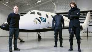 """هل هذه هي الملابس التي ستحدد """"الموضة"""" بين المسافرين إلى الفضاء؟"""