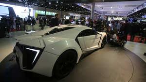 """تم تصميم 10 سيارات """"lykan"""" وقد تحطمت كلها خلال تصوير الفيلم، بحسب ما نقلت صحيفة ديلي ستار عن رئيس شركة """"W Motors"""" رالف دباس."""