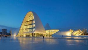 منها مسجد تحت الأرض..أبرز الترشيحات لجائزة أفضل بناء بالعالم