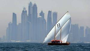دبي تكرّم جذورها في تجارة اللؤلؤ..بهذا السباق