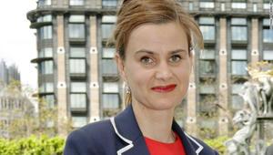 مقتل نائب بريطانية مؤيدة للبقاء في الاتحاد الأوروبي إثر تعرضها لهجوم قبل أيام من الاستفتاء