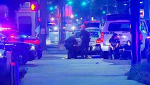 إطلاق النار في دالاس.. الشرطة: صاحب الصورة سلّم نفسه والقبض على آخر بعد تبادل إطلاق للنار..  والعثور على عبوة مشبوهة