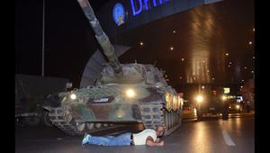 """أردوغان يرد عبر CNN على مزاعم أن محاولة الانقلاب العسكري في تركيا هي """"مسرحية من إخراجه"""""""
