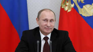 محلل يفسر سبب ارتفاع شعبية بوتين إلى 82% رغم الضائقة الاقتصادية لروسيا