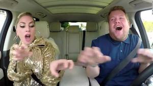 """ليدي غاغا تغني داخل سيارة في""""كار بول كاريوكي"""""""