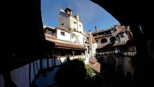 """لمصاص الدماء """"دراكولا"""" قصر.. ويمكنك زيارته في رومانيا"""