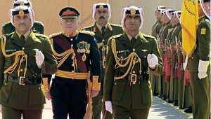 صورة من الأرشيف - العاهل الأردني الملك عبدالله الثاني في افتتاح دورة انعقاد البرلمان 10 فبراير/ شباط 2013