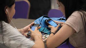 بحث: حظر الهواتف الذكية بالمدارس يحسن أداء الطلاب