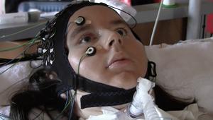 هل يمكن فك شيفرة عقول المصابين بالشلل الكامل؟