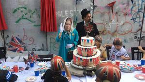 """حفل شاي على شرف بلفور للفلسطينيين بحضور """"صاحبة الجلالة"""""""