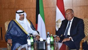 شكري لنظيره الكويتي: مصر متمسكة بقائمة المطالب المقدمة لقطر