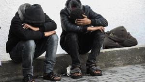 تشييع جثمان فلسطينيين قتلا بقصف إسرائيلي بغزة
