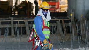 بعد الانتقادات الشديدة.. قطر ترد بميثاق للعمالة