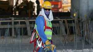 بعد انتقادات شديدة.. قطر تطرح تعديلا على قوانين العمالة الأجنبية