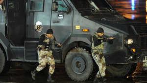 """السعودية: إطلاق نار """"كثيف"""" على دوريات للأمن بالقطيف أدى لحريق بأنبوب نفط"""