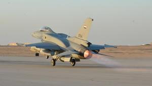 """الجيش المصري يقصف """"إرهابيين"""" غرب المنيا.. ومقتل 4 من عناصره"""