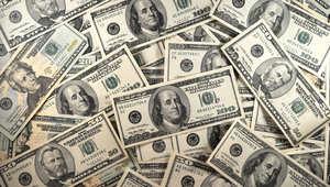 """ميزانيتها مليارا دولار...كيف تحصل """"داعش"""" على الأموال؟"""