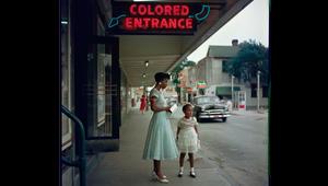صور قوية تلتقط الوجه المظلم لأمريكا في القرن العشرين