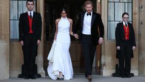 ماذا ارتدت ميغان ماركل لحفل العشاء الخاص بعد الزفاف؟
