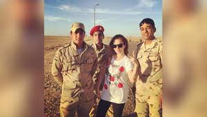 نيكول سابا تثير الجدل بصورة لها مع أفراد من الجيش المصري