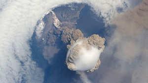 كيف تبدو براكين الأرض النشطة من الفضاء؟