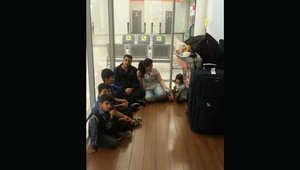 شاهد كيف تعيش عائلة كردية بمطار في روسيا منذ قرابة الشهرين