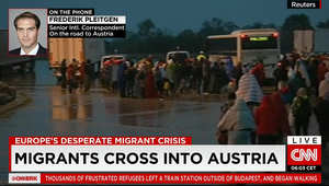 الحكومة المجرية ترسل حافلات لنقل اللاجئين والمهاجرين إلى الحدود والنمسا تتوقع وصول نحو 60 حافلة السبت
