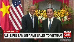 """أمريكا ترفع الحظر عن مبيعات الأسلحة الفتاكة إلى فيتنام رغم """"سجلها الكئيب بحقوق الإنسان"""".. بعد تاريخ حافل بالمجازر والحروب"""