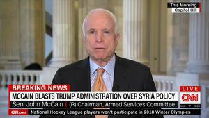 ماكين لـCNN مهاجما ترامب: مواقفك تشجع الأسد وروسيا