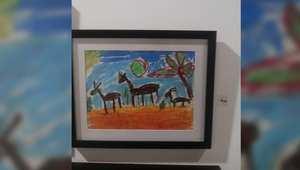 """في معرض """" قارئ اللون"""" في عمان..مكفوفون يرسمون بالنعناع والليمون"""
