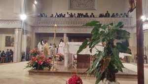 أجواء من داخل الكنيسة تظهر الكم الكبير من المسيحيين الذين حرصوا على حضور مراسيم الاحتفال بالعيد