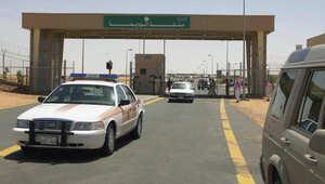 مصدران حوثيان لـCNN: عناصر قبلية يمنية دخلت الحدود السعودية واتخذت مواقع تقوم من خلالها بقصف دوري على نجران