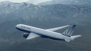 """مصدر: سبب عودة طائرة يونايتد لمطار دالاس بأمريكا مساء الاثنين كان مسافرا صرخ """"جهاد"""""""