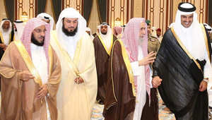 أمير قطر مع العريفي والقرني والعمر