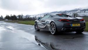 كيف تُصمم أجمل السيارات الرياضية؟